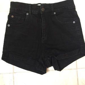 Garage brand retro high waist black cuffed shorts